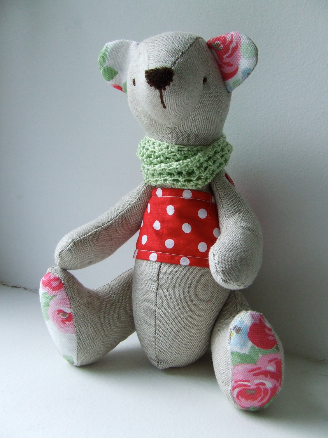 Linen button-jointed bear