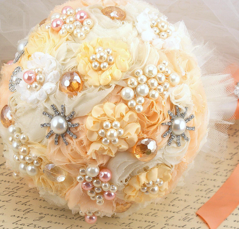 Брошь Букет Pearl Jeweled букет Свадебный букет в Перл крем, персик и жемчуг Tangerined-Небесному