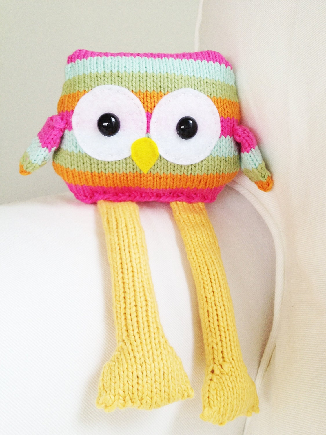 Snowy Owl Knitting Pattern : Knitted Owl Pattern