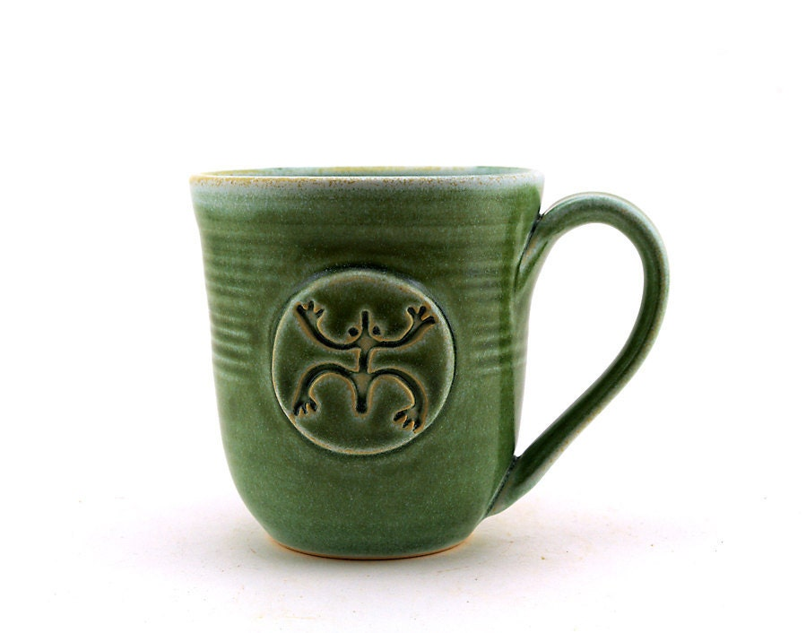 Green Mug with Coqui (Tree Frog) Medallion - MiriHardyPottery