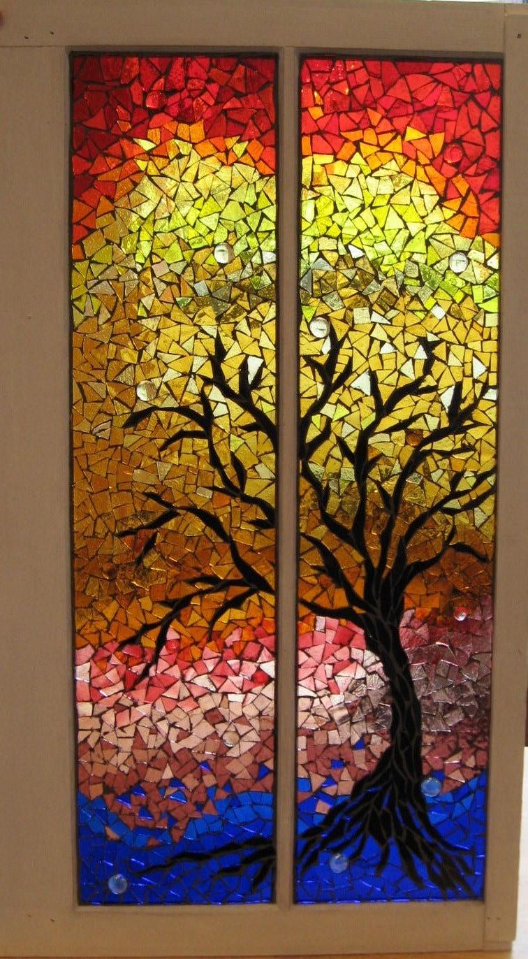 Beautiful mosaics mosaics trees mosaics windows glasses for El mural de mosaicos