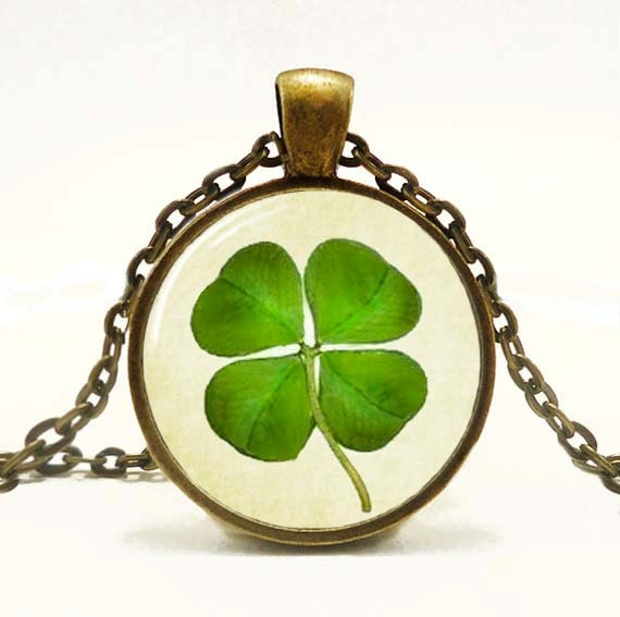 Lucky Clover Pendant, Irish St. Patrick's Day Pendant St. patrick's day Shamrock Clover Jewelry - snowdrop88
