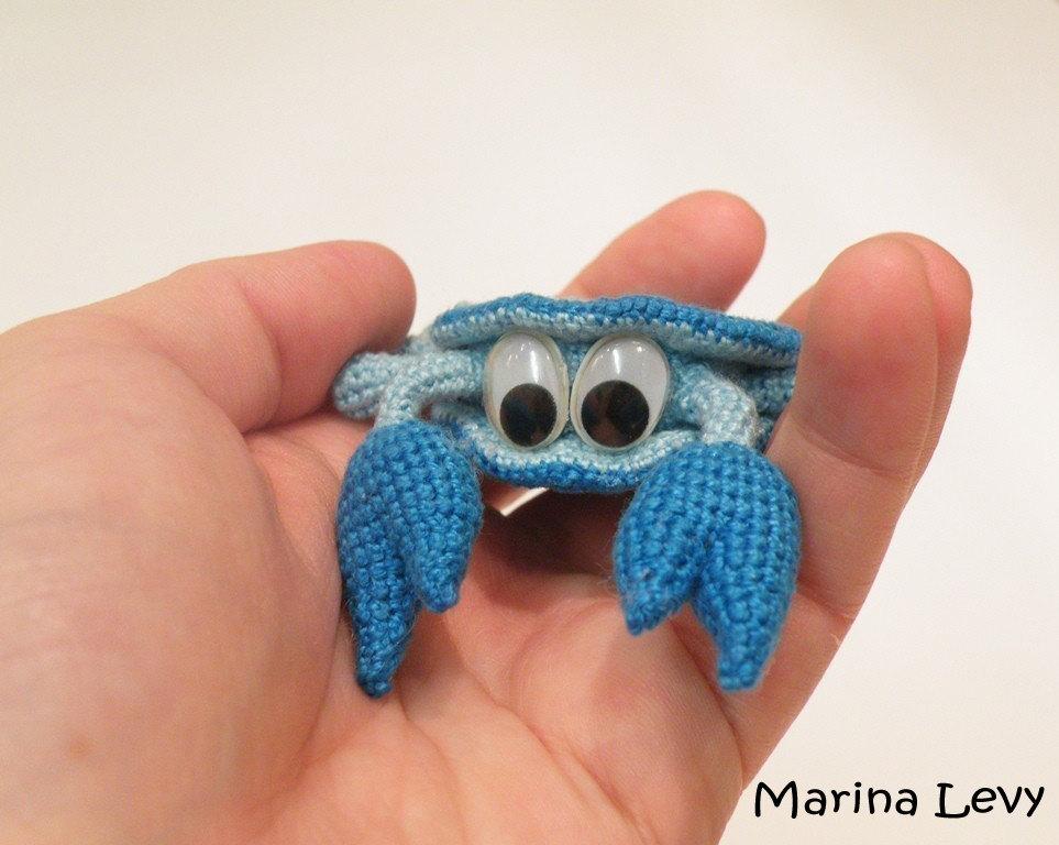 Amigurumi Crochet Wikipedia : Small Hamsa - Lucky Charm - Marina Levys Handmade Crafts