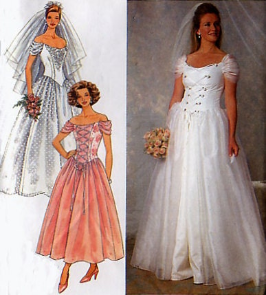 Empire Gathered Bodice Sweetheart Neckline Dress Pattern Size
