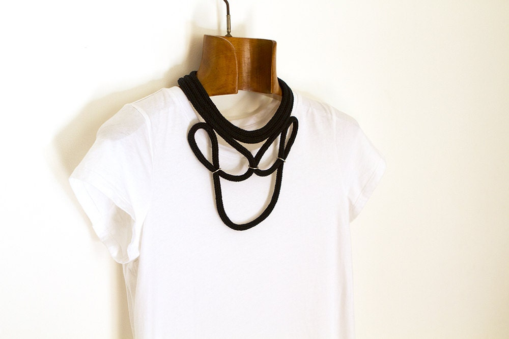 black buckle necklace