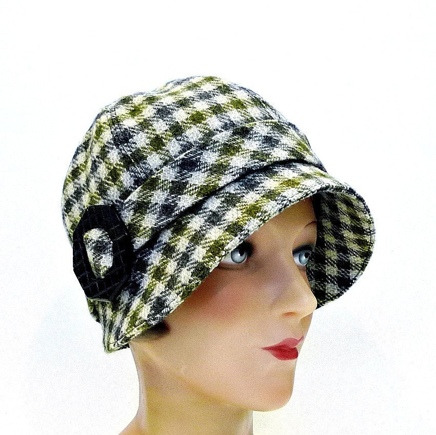 1920s Olive and Gray Wool Cloche with Bakelite Buckle