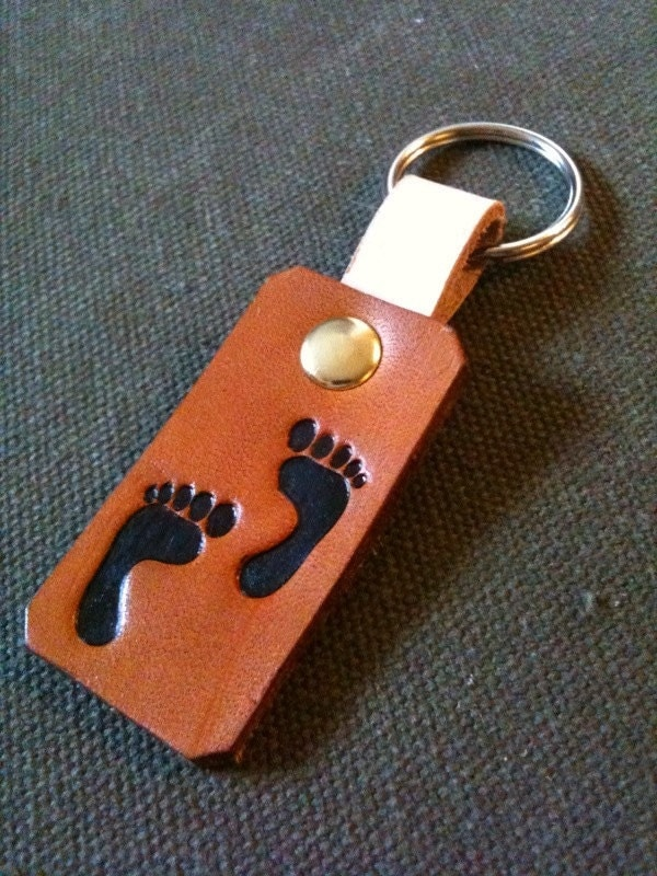 Leather Foot Print Key Chain - CoastalMaineCreation