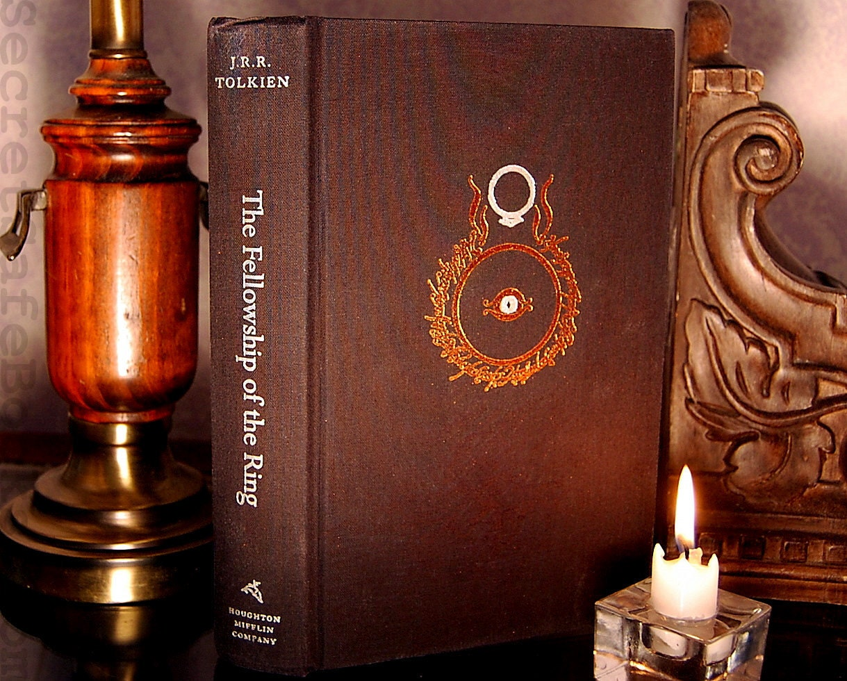 Hollow Book Secret Safe (LORD of the RINGS The Fellowship of the Ring)