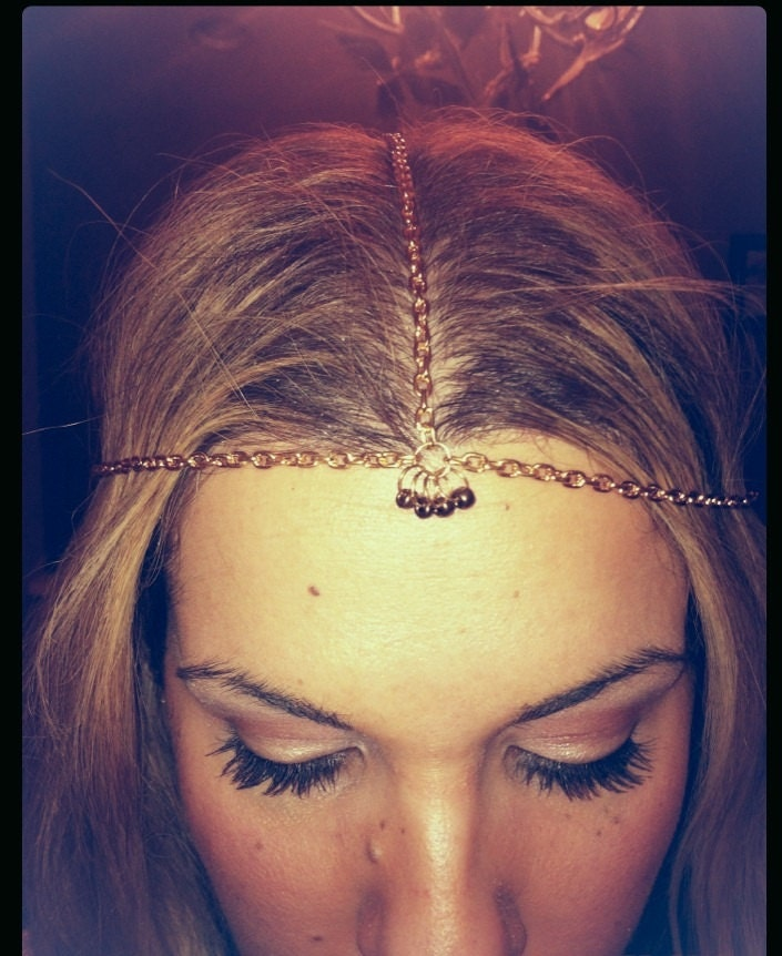 Bight gold head chain with glass beads detail, gold headband, copper beads pendants