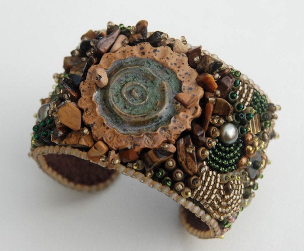 Abra - Bead Embroidery Cuff - totallytwisted