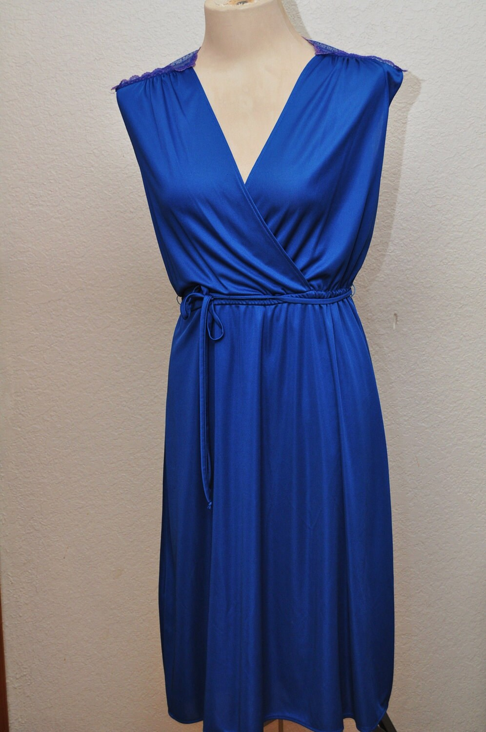 Vintage Ladies Dress in Electric Blue Disco Style Wrap Bodice Lace Back