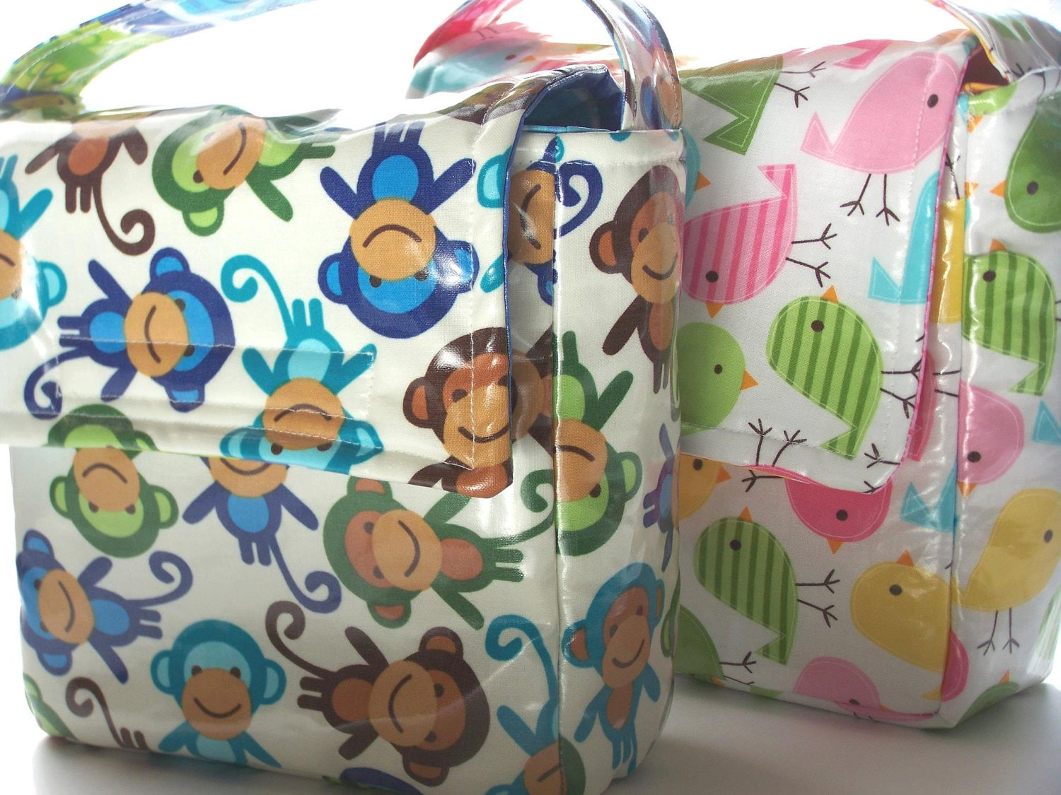 Get ready for back to school. BPA free laminated cotton lunch box - ElonkaNicholeLimited
