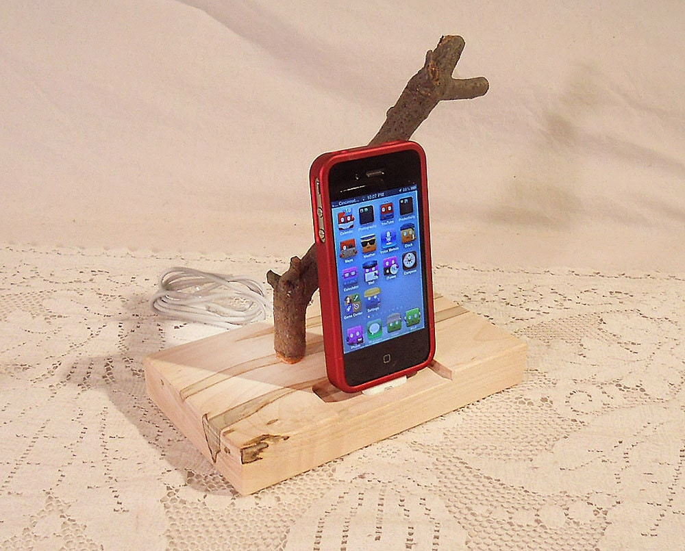 Ready to Ship - iPhone - iPod Dock - Charger and Sync Station - Natural - Back to Nature -- iDock