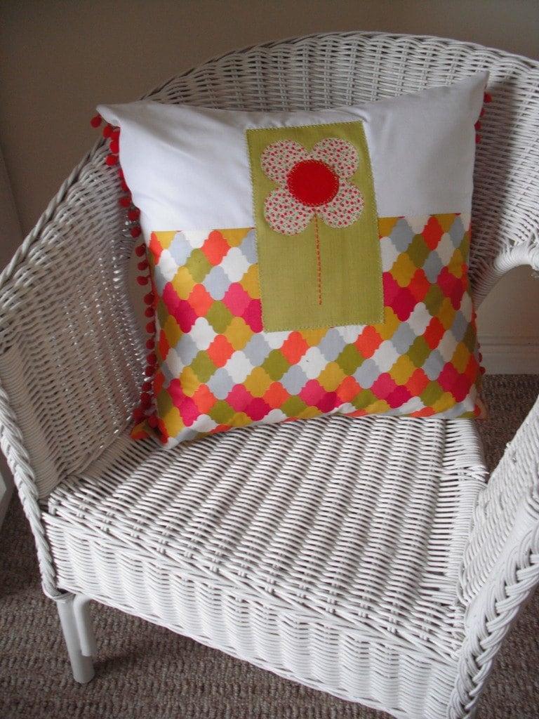 Big Daisy retro Cushion
