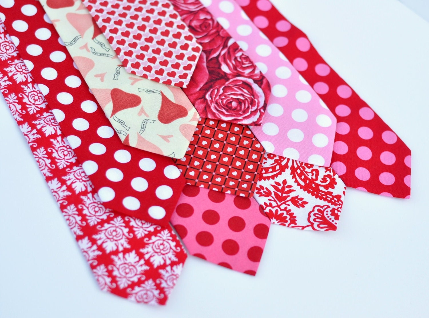 Childrens Valentine Necktie - Mens Ties Boys Neckties - Pink and Red Hearts