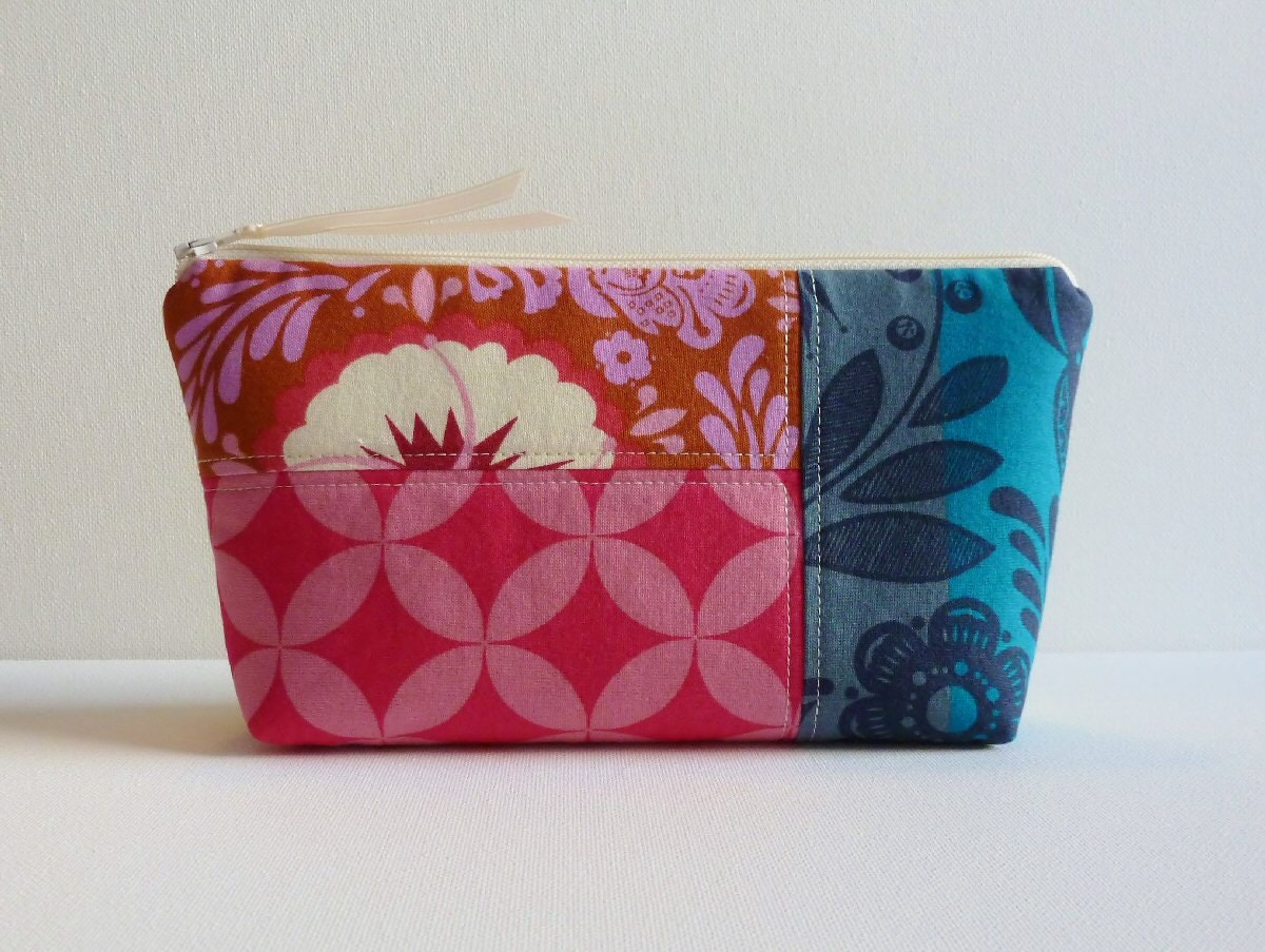 Makeup Bag Cosmetic Case Zipper Pouch Quilted Patchwork Good Folks