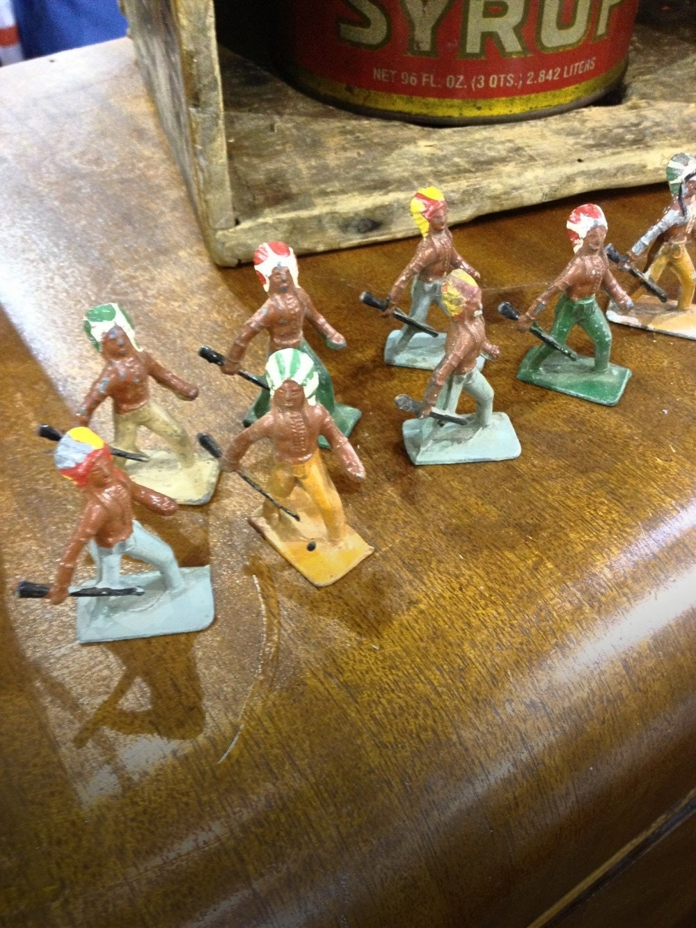 Set of 8 Vintage Lincoln Log Metal Indian Toys - GreenBootsEmporium