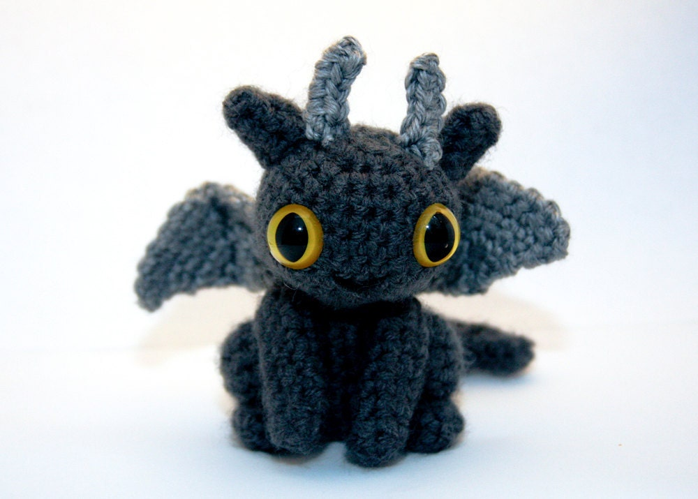 Amigurumi How To Train Your Dragon : 1000+ images about Toothless on Pinterest Amigurumi ...