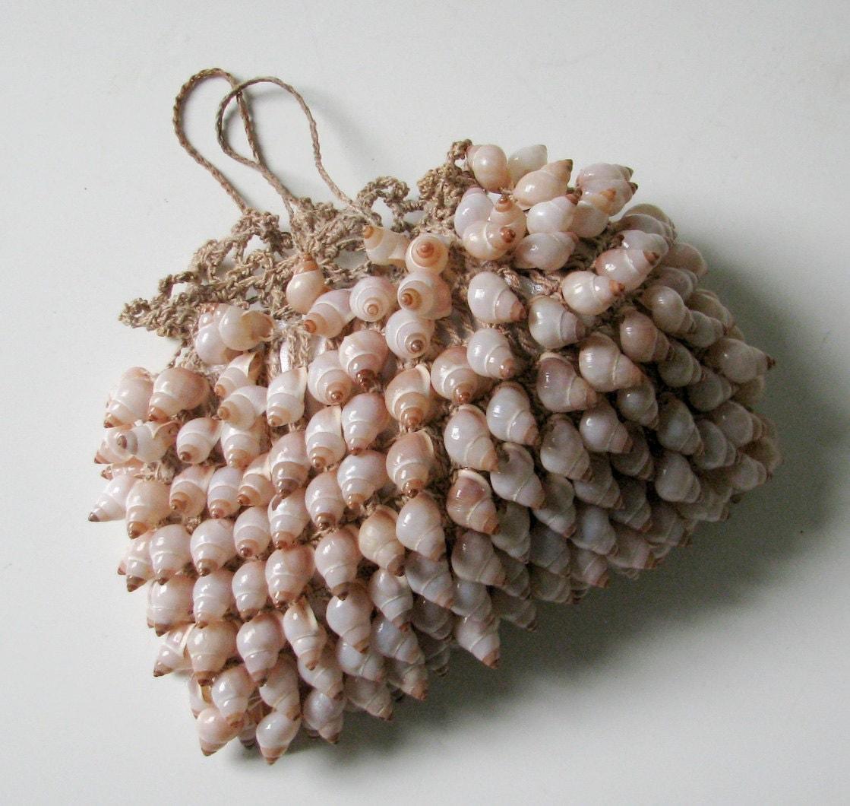Pink Sea Shell Handbag - Vintage - Feminine
