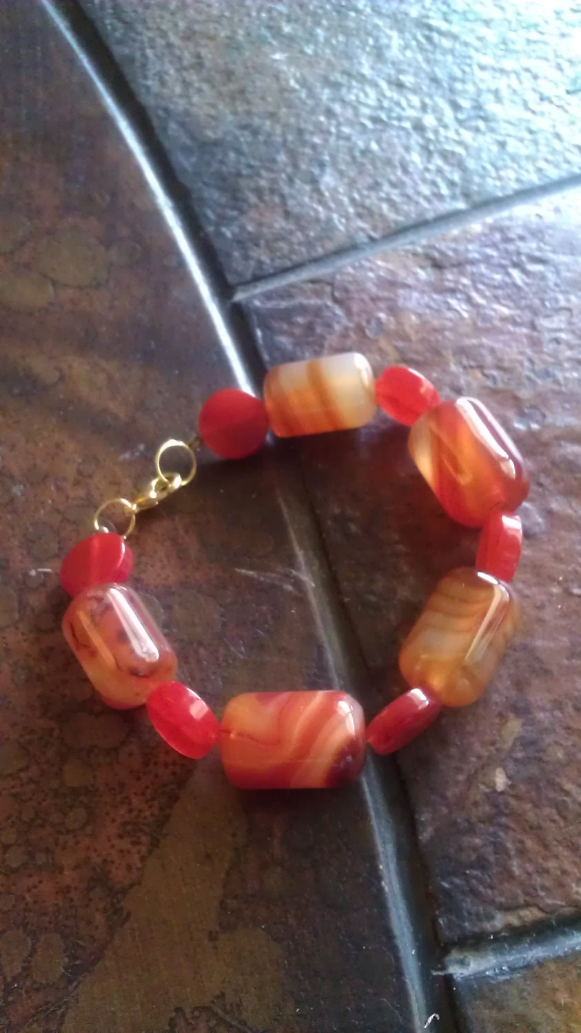 Amber Lights Amber and Agate Beaded bracelet