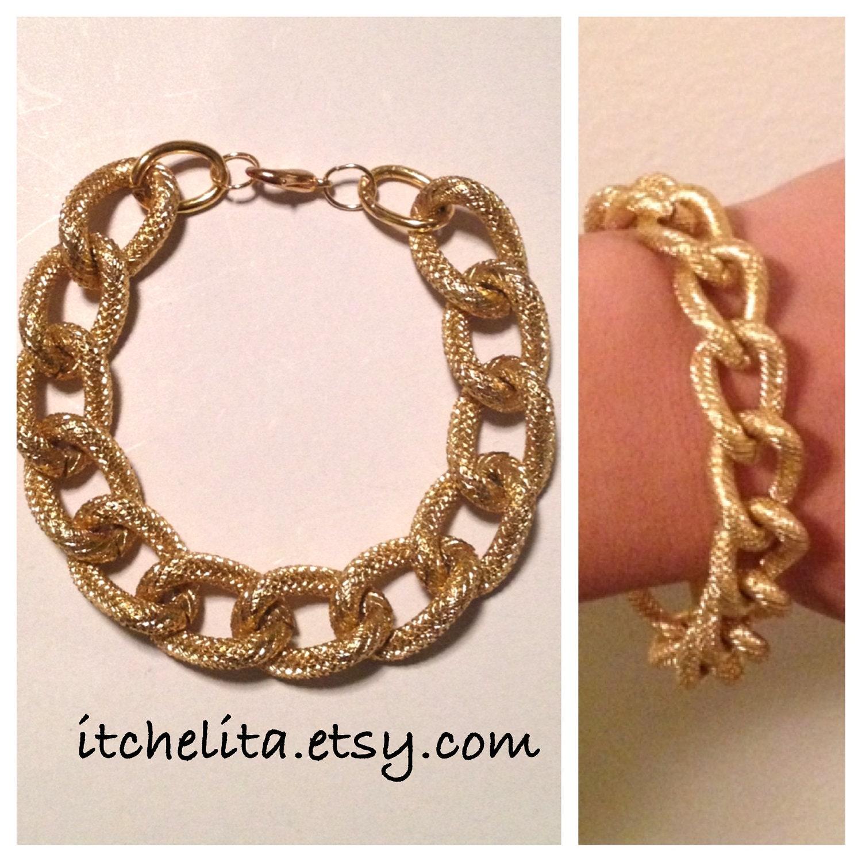 GABY BRACELET: Gold Textured Chain Bracelet
