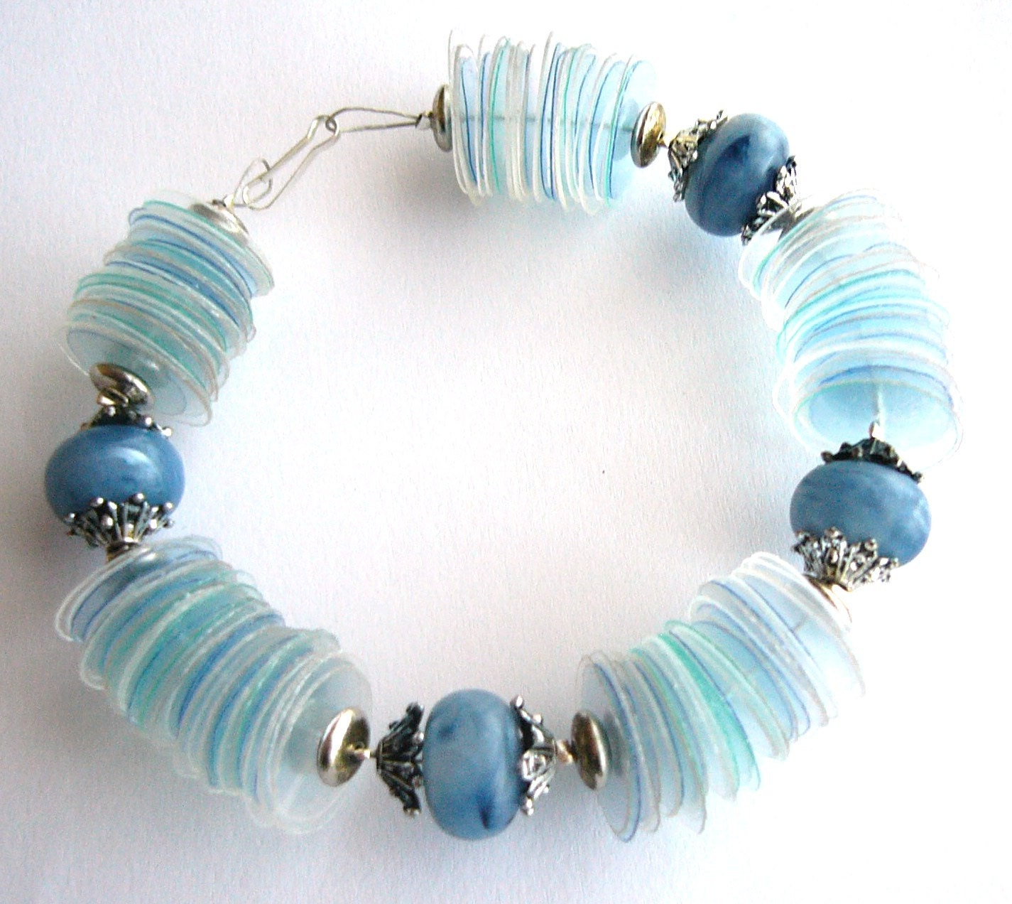 Upcycled jewelry blue bracelet recycled plastic bottles with blue chunky beads - recycled jewelry, eco friendly, sustainable fashion - dekoprojects
