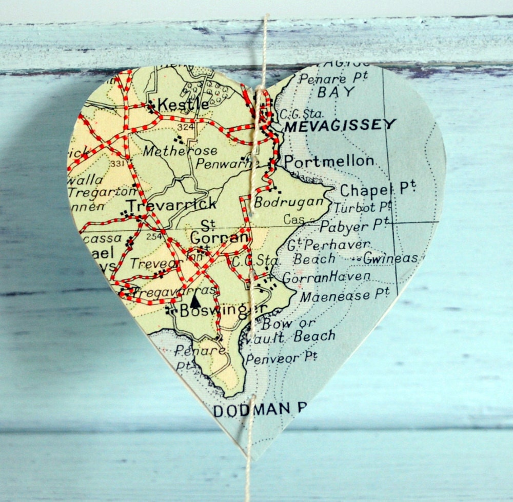 vintage map garland I Love Cornwall