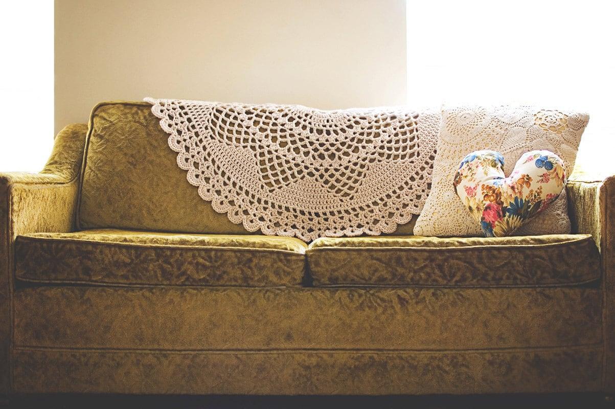 Crocheted Doily Blanket 05 (Gold)
