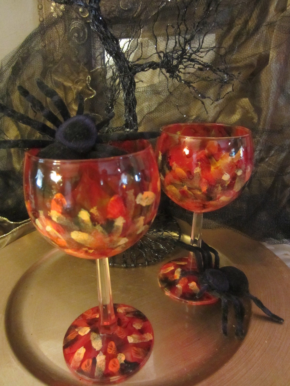 red/orange festive wine glass pair - PaintedGlassCreation