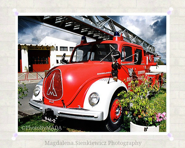 Fire Truck Oldschool 8x10 inch (20x25 cm) Boys Room Decor  Fine Art Photography - Gift Idea - PhotoByMADA - PhotoByMADA