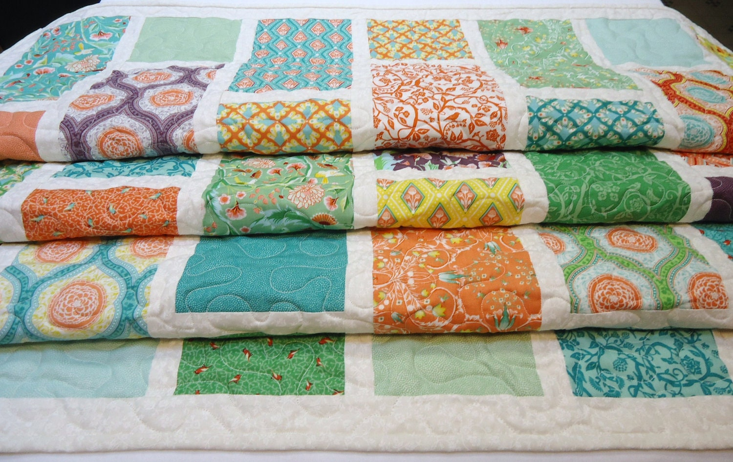 Birds and Berries Crib Quilt