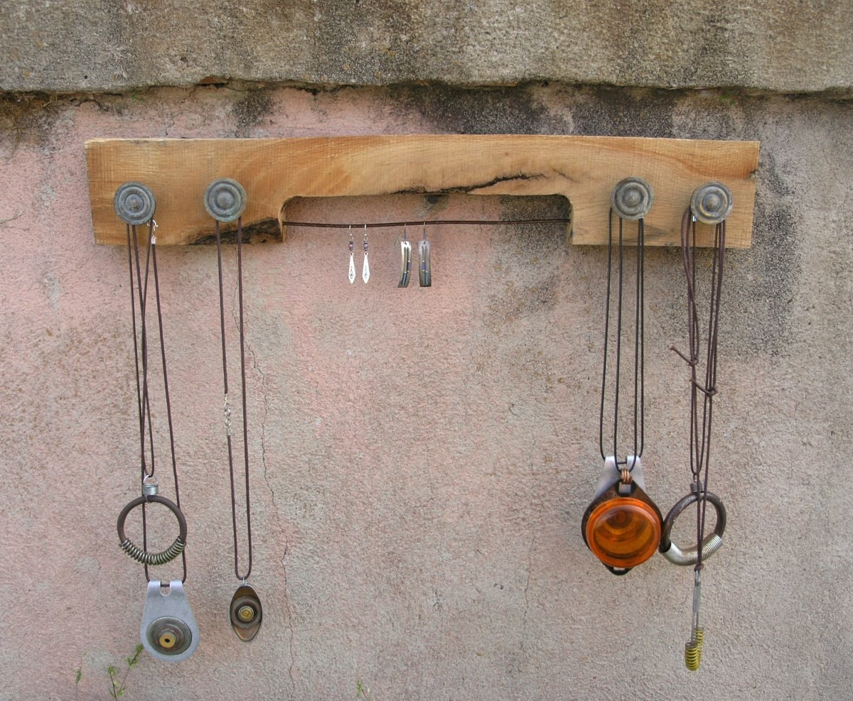 Jewelry Holder, Wood and Metal, Reclaimed Pallet Wall Hanger, Necklace and Earring Rack - PaulaArt