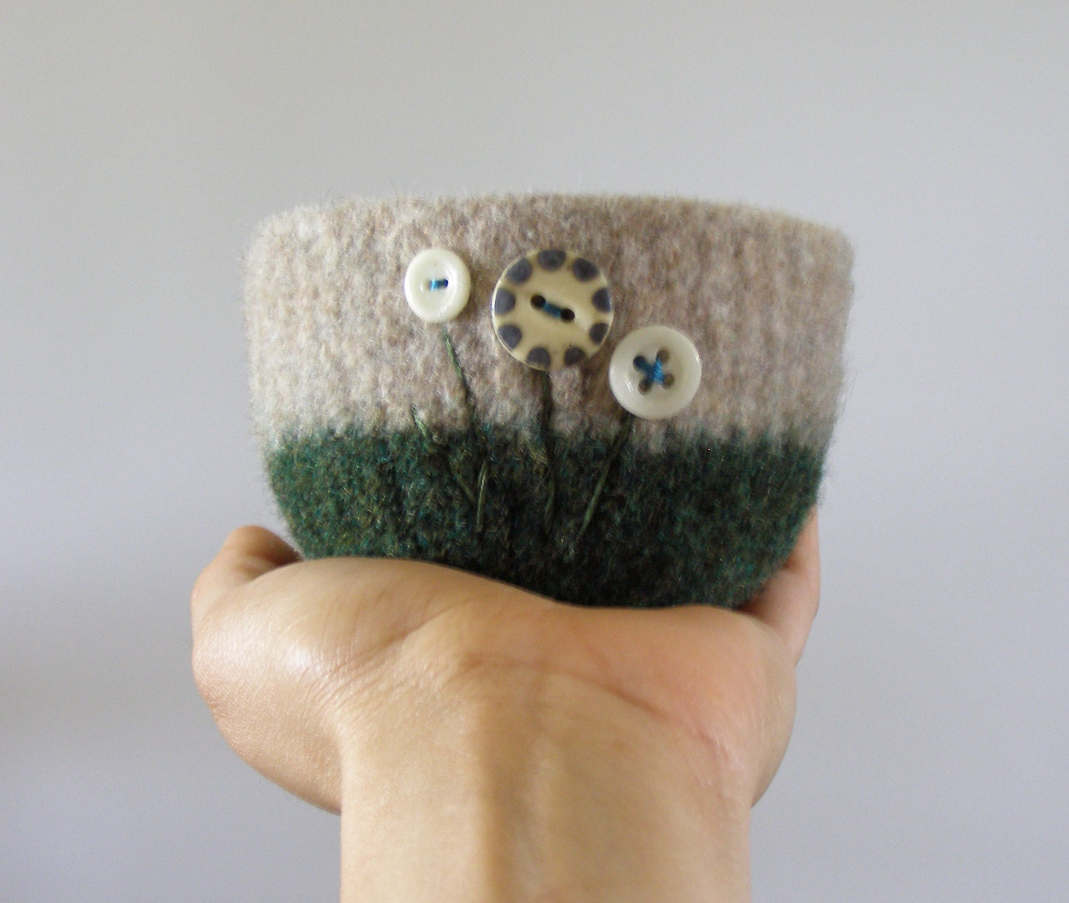 felted wool bowl - forest green and beige wool with cream and navy vintage ceramic buttons -  desk organizer, office container - theFelterie
