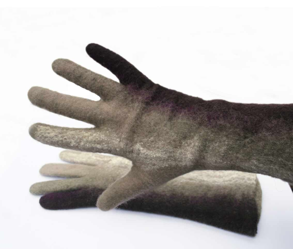 felted gloves -  fall accesoories - handmade gloves- seamless- brown - vilnone