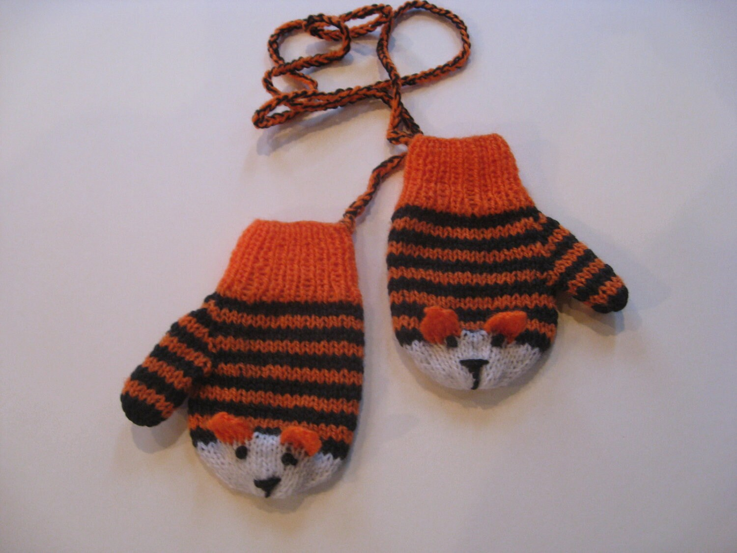 Child Tiger Mittens on a String/Cord (size 2)
