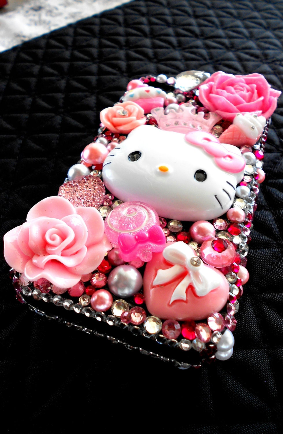 CUSTOM Hello Kitty Pink Kawaii Japanese Iphone 4g Bling Cute Case