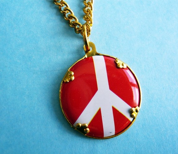 Vintage 1960s Woodstock Peace Necklace by MaruMaru on Etsy from etsy.com
