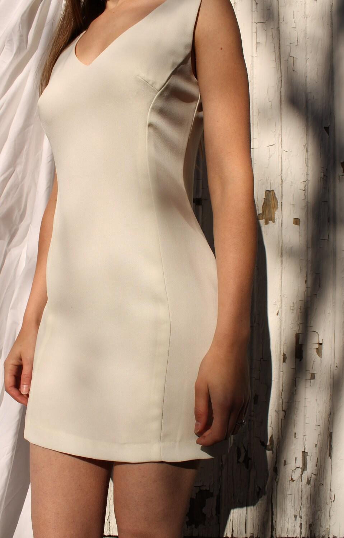 Little White Dress - 1980s - Size 2-4 - SucreSucreVintage