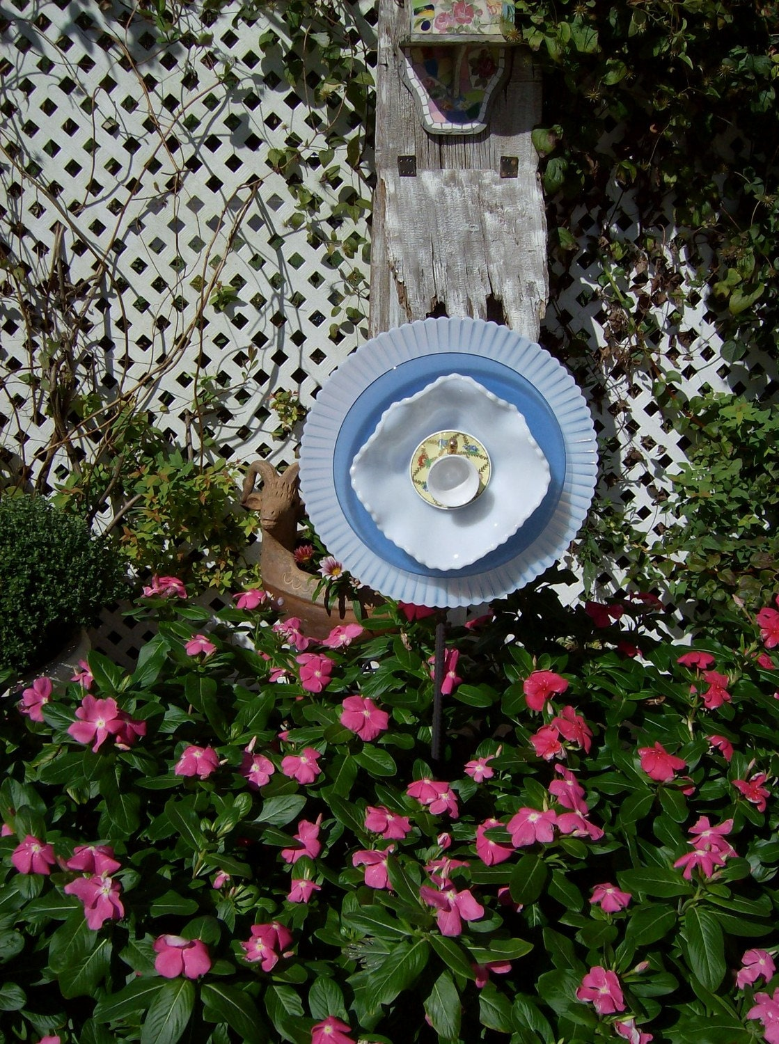 Unique garden decor yard art photograph on sale yard garde for Unique yard decorations