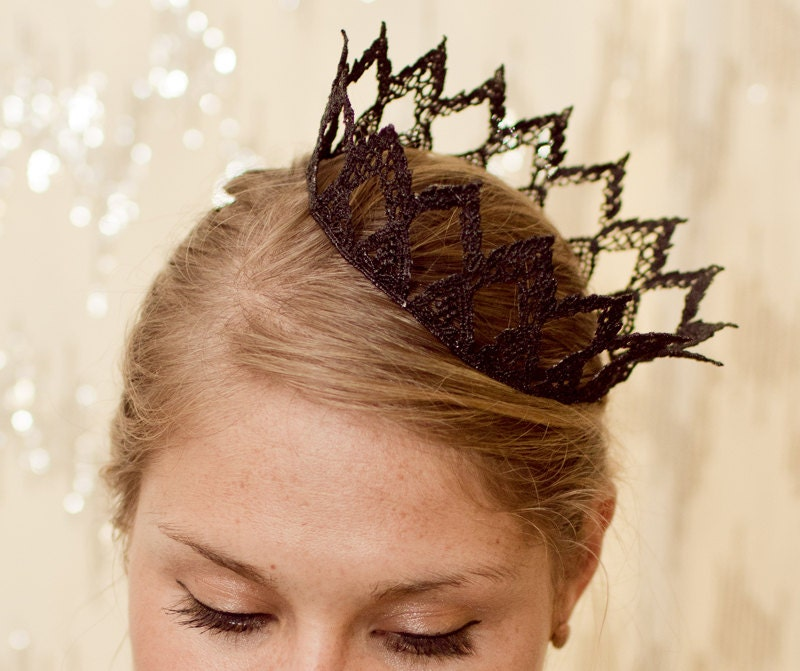 Dark Queen Fairytale Black Lace Crown - neesiedesigns