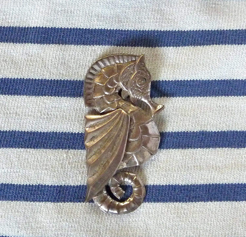 vintage seahorse brooch