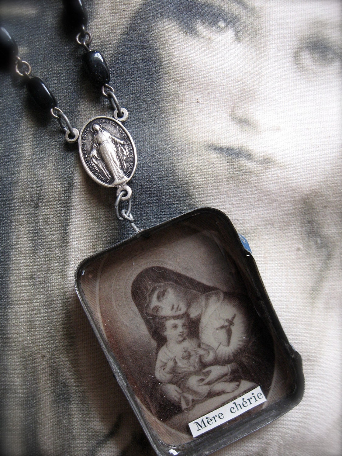 Altered Tin Chaplet - Reliquary - Shrine - Rosary Beads -- Charm - Sacre Coeur