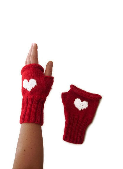 Valentines Day / Knitting Fingerless Gloves. Fashion 2013. Girls Women. . Love. Red. Heart. Winter collection. Etsyxo - gloveshop
