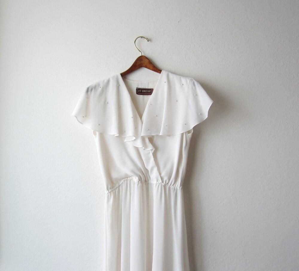 1970's Ivory Chiffon Flared Dress Size Small - OiseauVintage