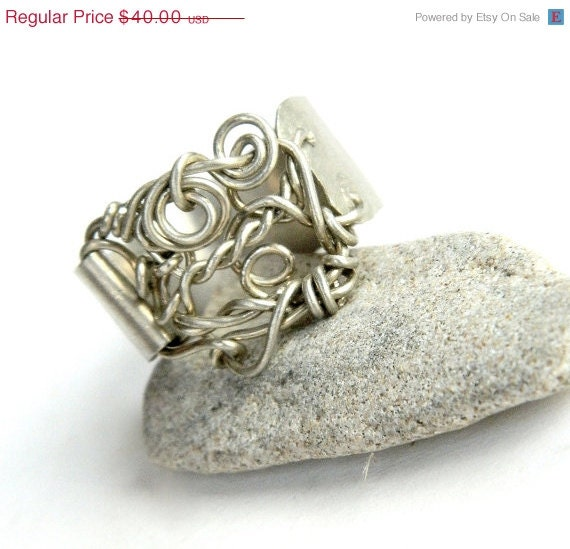 SALE Twisted Looped Wire Wrapped Ring on Brushed Metal Band (R354)