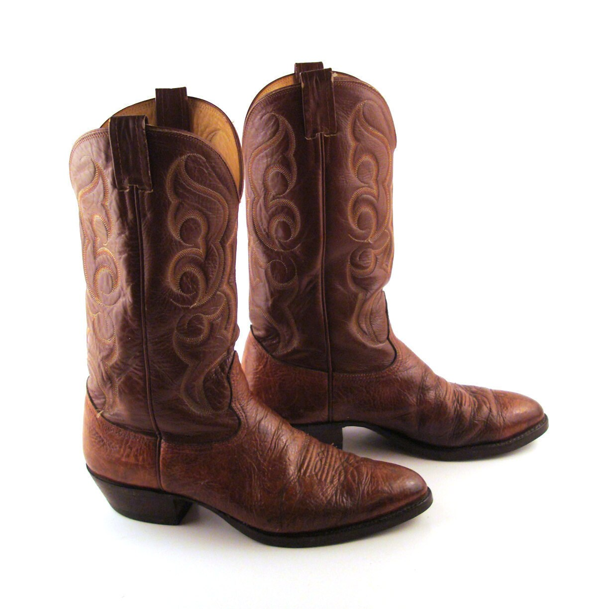 Cache 1 image 500x 9df78eab33525d08d6e5fb8d27136e95 a r arena replique - College Themed Boots Close Embed This Video More Videos 3 Of 9 Sports Fans Want More Than Just Jerseys And Big Foam Fingers Now They Re Buying Cowboy