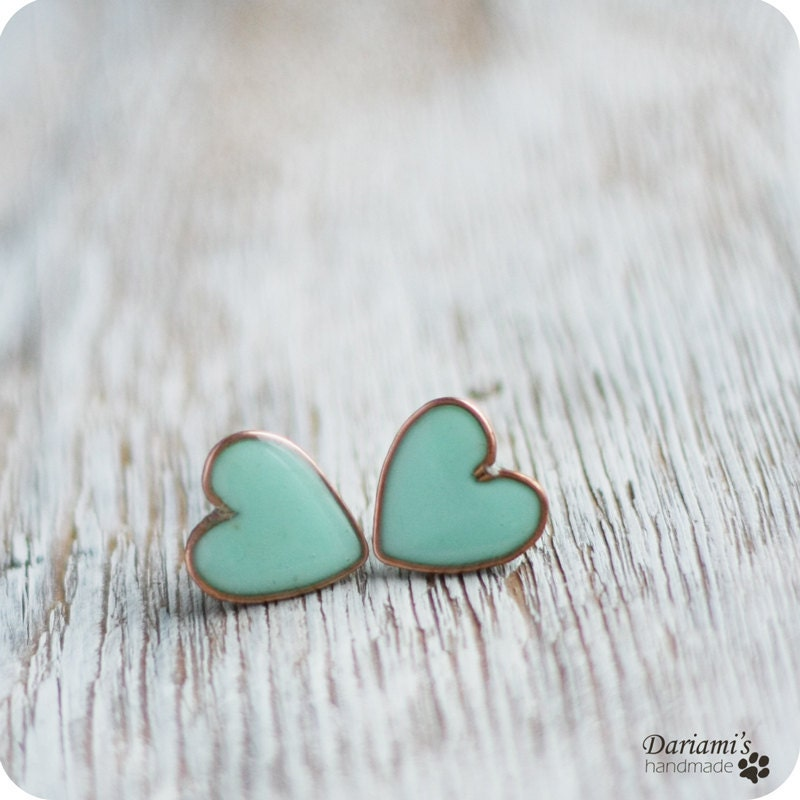 Post earrings - Mint green Hearts- made to order - Dariami