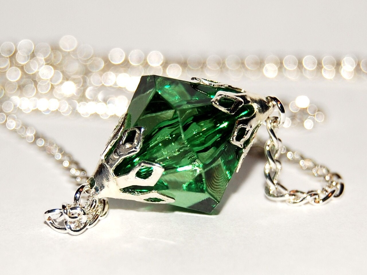 smallville kryptonite necklace pretty things