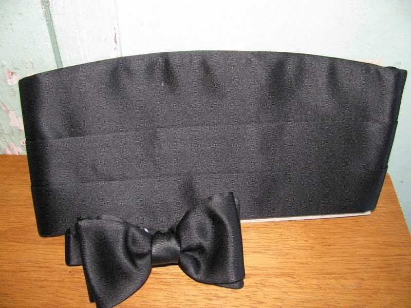 80's Silk Black Bow Tie with Cummerbund Set, Perry Ellis, Tuxedo Bow Tie, Black Tie Affair, Adjustable, for your Holiday Party or Formal Dance Tux High Society fashion design style elegant luxurious luxury  Wedding Wedding Marriage
