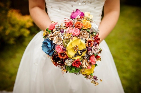 Wedding Brooch Bouquet Nz : Wedding trend alert brooch bouquets shallie s purple